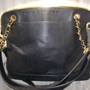 CHANEL leather pebble grain outer pocket tote